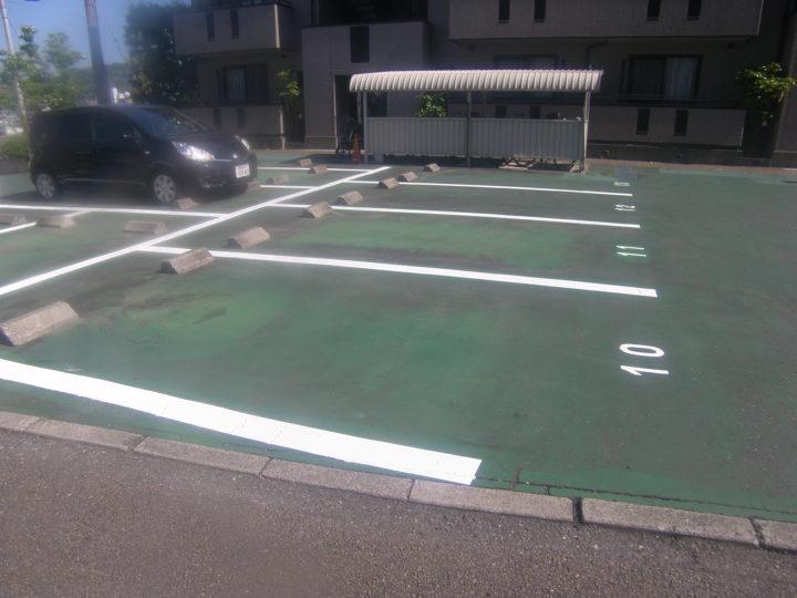 高知市玉水町 vアパート様 駐車場ライン塗装工事