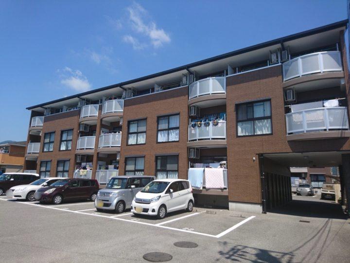 高知県 fマンション 外壁サイディングWB多彩仕上工法