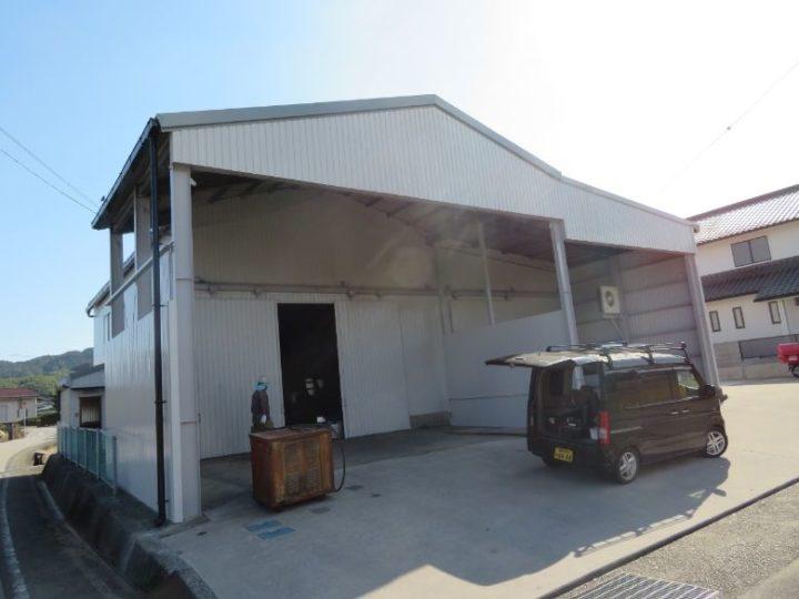 高知市五台山 m様邸 倉庫屋根カバー外壁塗装工事