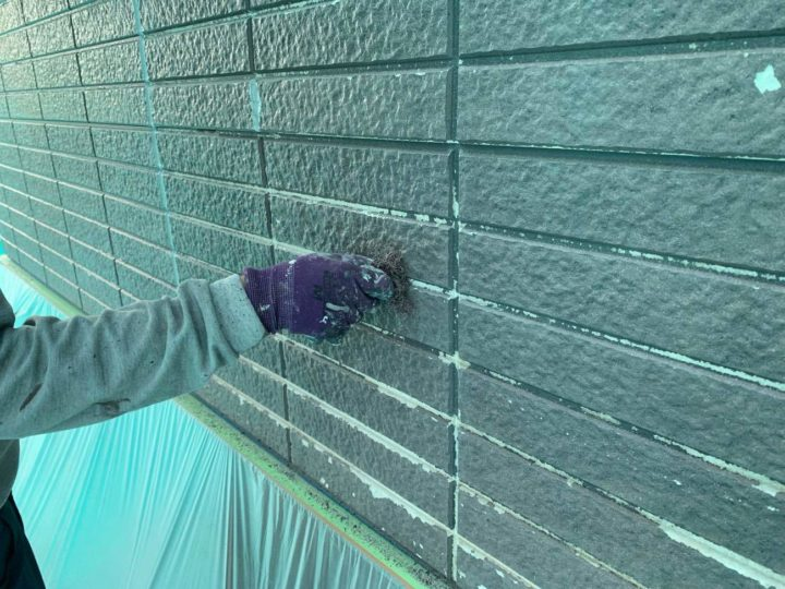 ベランダ手摺り壁 下地調整