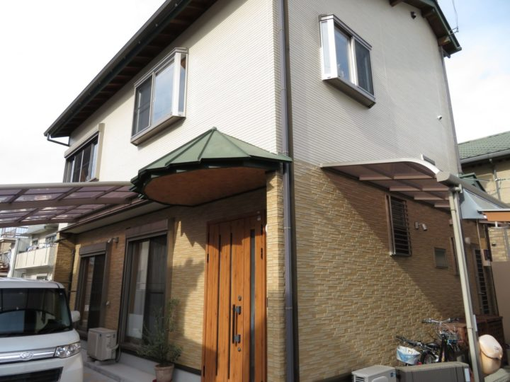 高知市中久万 s様邸 外壁クリヤー塗装とシーリング工事でメンテナンスを行いました