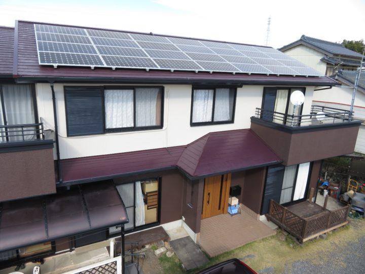 南国市 t様邸 屋根外壁塗装 ドアリフォーム 日本ペイント ファイン4Fベスト パーフェクトセラミックトップGで2色分けに施工しました。