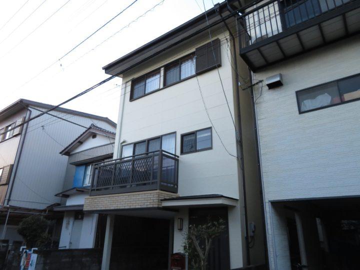 高知市竹島町 t様邸 外壁塗装 キタペンスタンダードプランのニッペパーフェクトトップは品質保証5年
