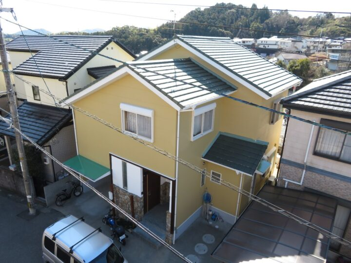高知市福井町 i様邸 外壁塗装工事 既存の色に近い色で塗装し違和感なく仕上がりました。
