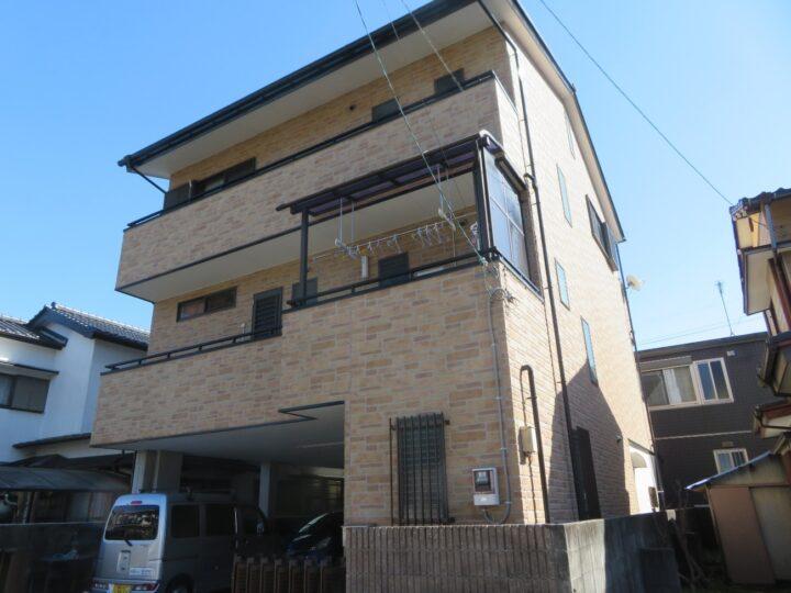 高知市塚ノ原 f様邸 屋根塗装工事 雨漏り止まりました 日本ペイントラジカル塗料で塗装しました