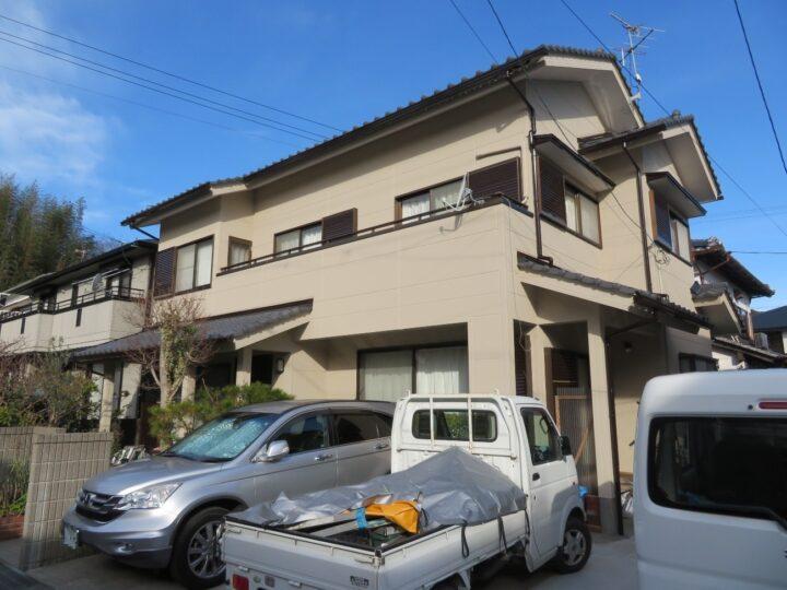 高知市万々 t様邸 外壁塗装工事 艶消し塗料ビーズコートで塗装しました。