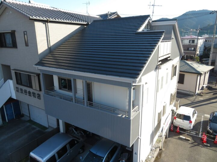 高知市竹島町 y様邸 屋根塗装 外壁塗装工事 超高耐候プランで施工させていただきました