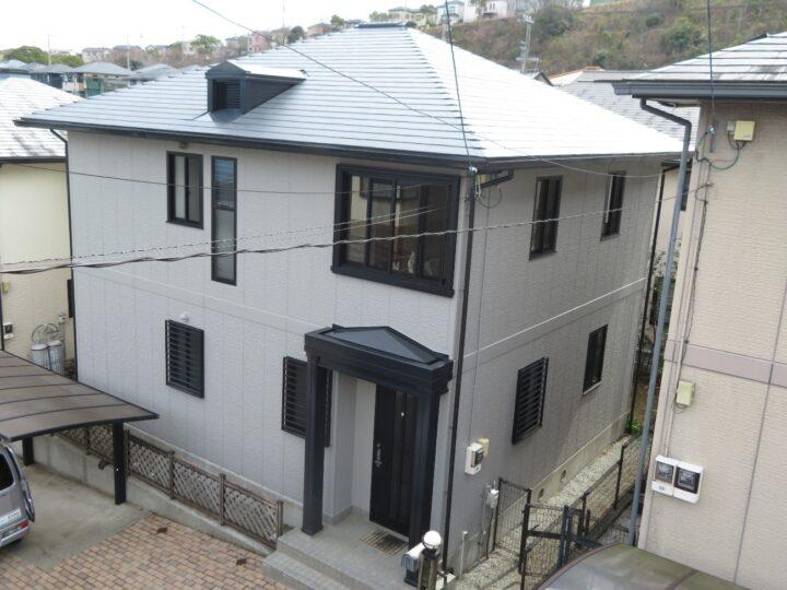高知市 潮見台 s様邸 屋根塗装 外壁塗装工事 日本ペイントの高耐久塗料で施工させていただきました