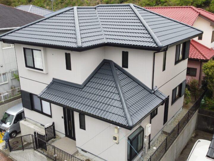 高知市潮見台 o様邸 屋根塗装 外壁塗装工事 色合いを似せて新築のような仕上がりになりました。
