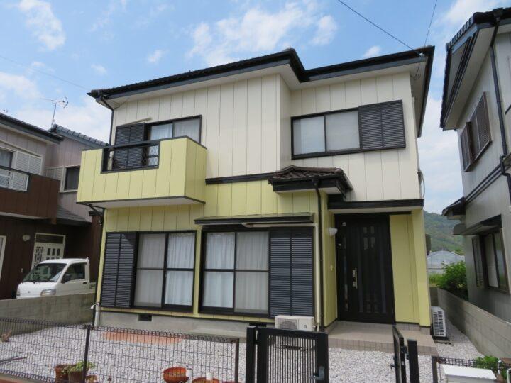 香南市 k様邸 屋根塗装 外壁塗装工事 お車と似た色合いの仕上がりとなりました!
