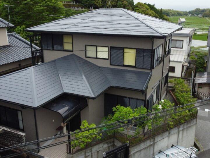 紫外線に強いラジカル制御の高耐久塗料で塗装しました 高知市春野町 t様邸 屋根塗装 外壁塗装
