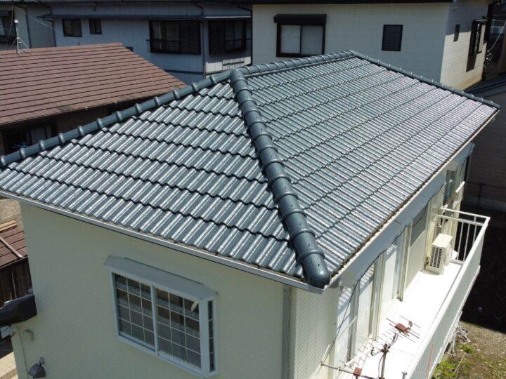 高知市瀬戸 n様邸 屋根塗装 外壁塗装 ニューマイルド優雅・タフグロスコート仕上げの5回塗り塗装。色艶抜群です。