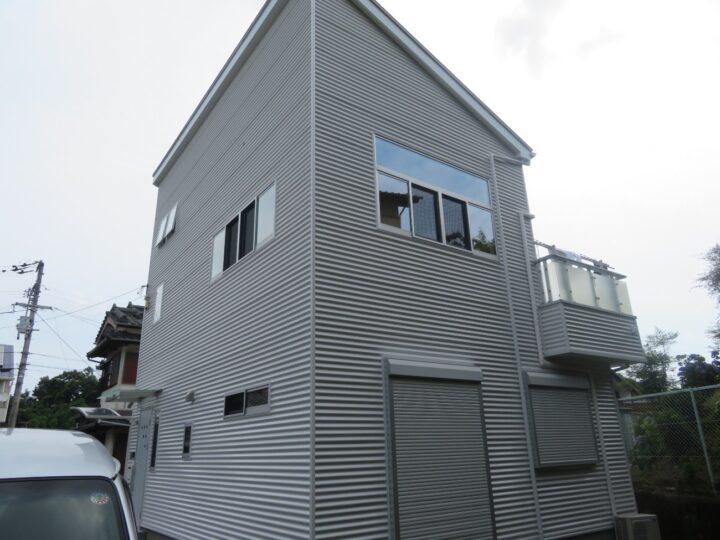 高耐久・超低汚染 日本ペイント ファイン4Fセラミックで塗装しました。高知市横浜 f様邸 外壁塗装工事