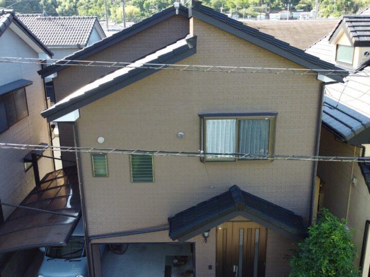 高知市 介良 a様邸 屋根塗装 外壁塗装 木部板金工事 黒と茶色で統一して落ち着いた仕上がりになりました!