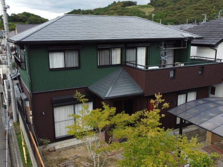 いの町 n様邸 屋根塗装 外壁塗装工事 2色の艶消し仕上げでこだわりのデザインに。